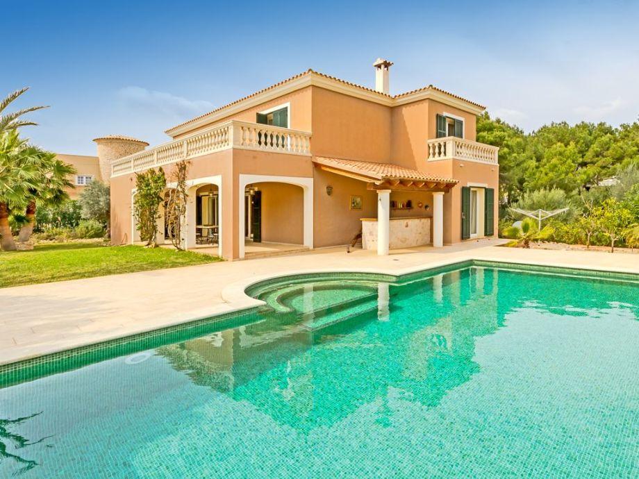 Villa mit Pool in Vallgornera