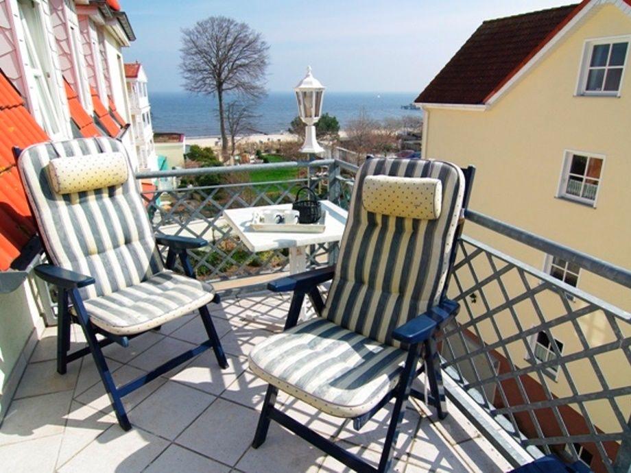 Herrlicher Blick vom Balkon zur Ostsee