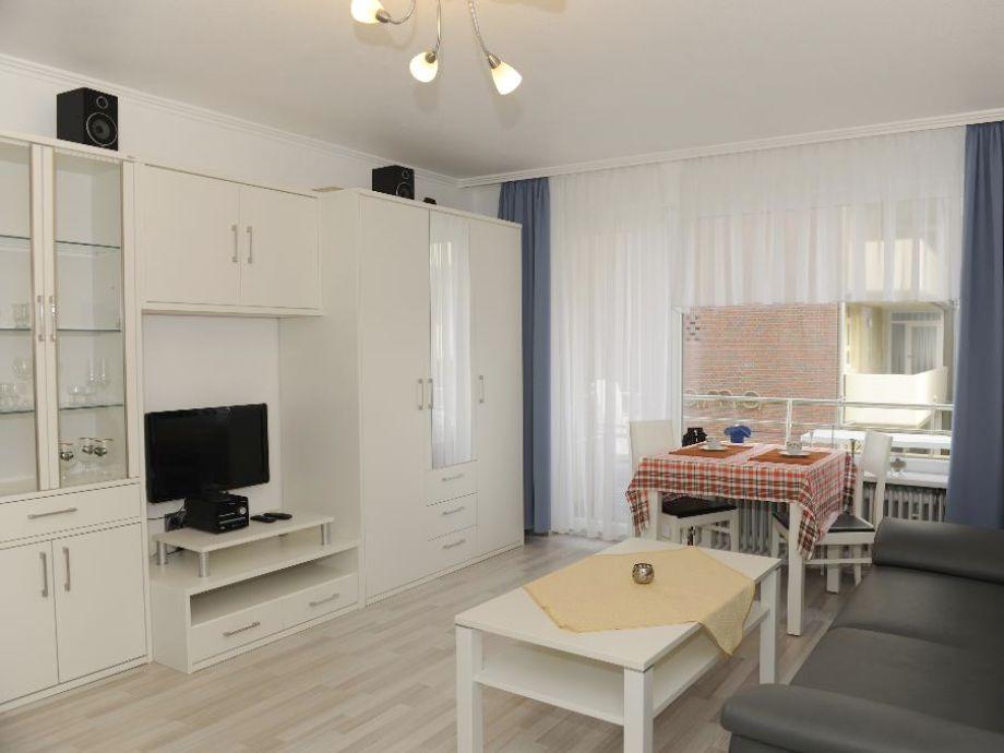 ferienwohnung 10 abendlicht im haus d nenschl sschen. Black Bedroom Furniture Sets. Home Design Ideas