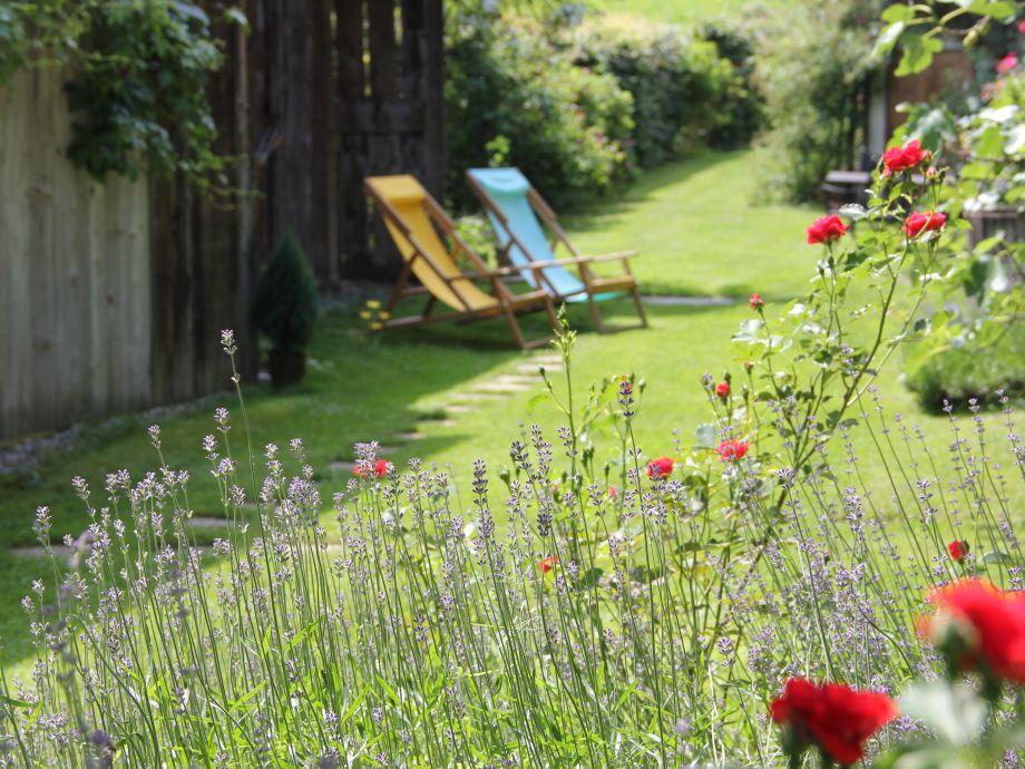 über 3000 qm gepflegter Garten erwartet Sie