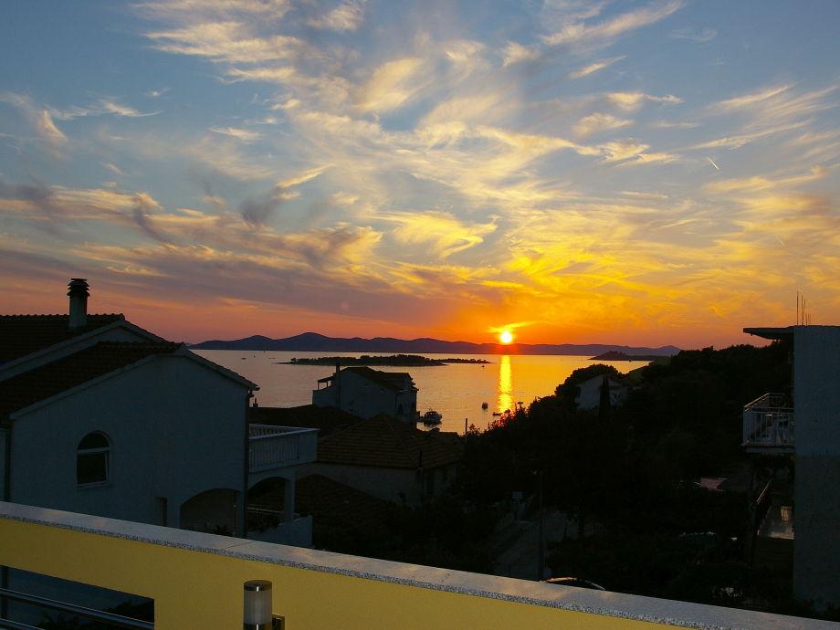 Sonnenuntergang von der Terrasse