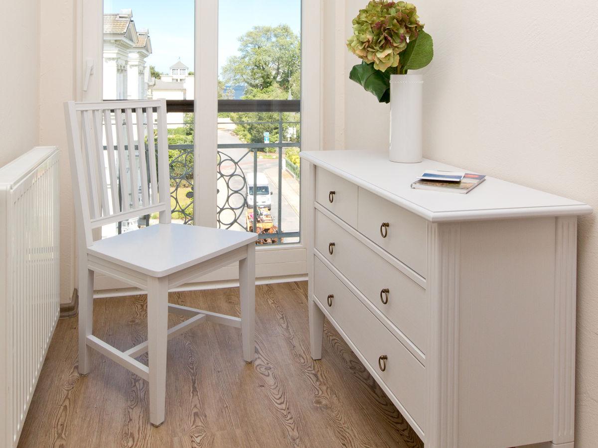 ferienwohnung 10 in der villa amelia usedom firma. Black Bedroom Furniture Sets. Home Design Ideas
