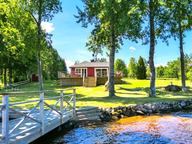 """Ferienhaus """"Nabben"""" direkt am See für Angler"""