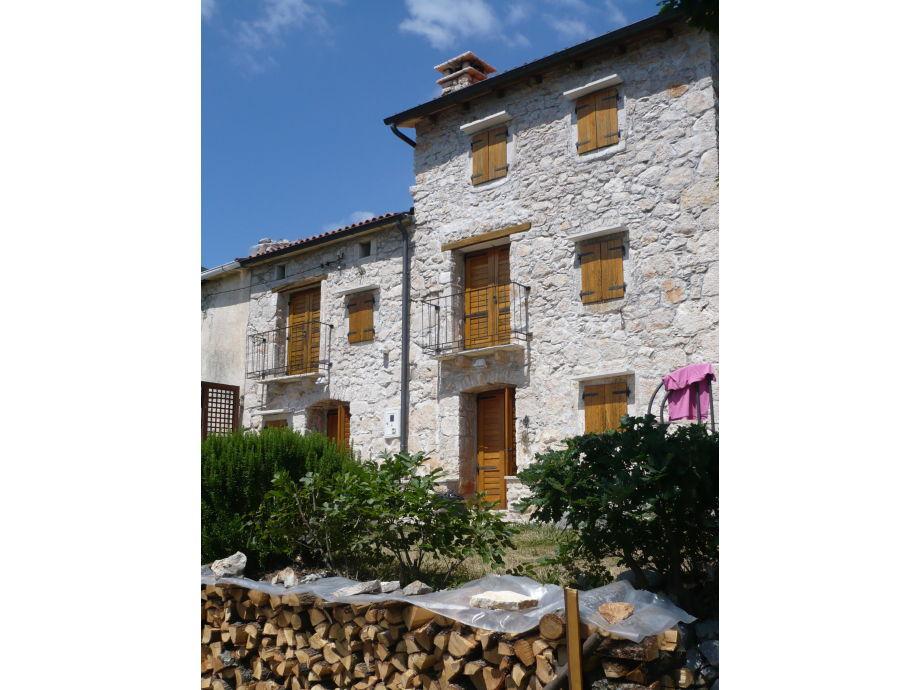Casa Mira (links)