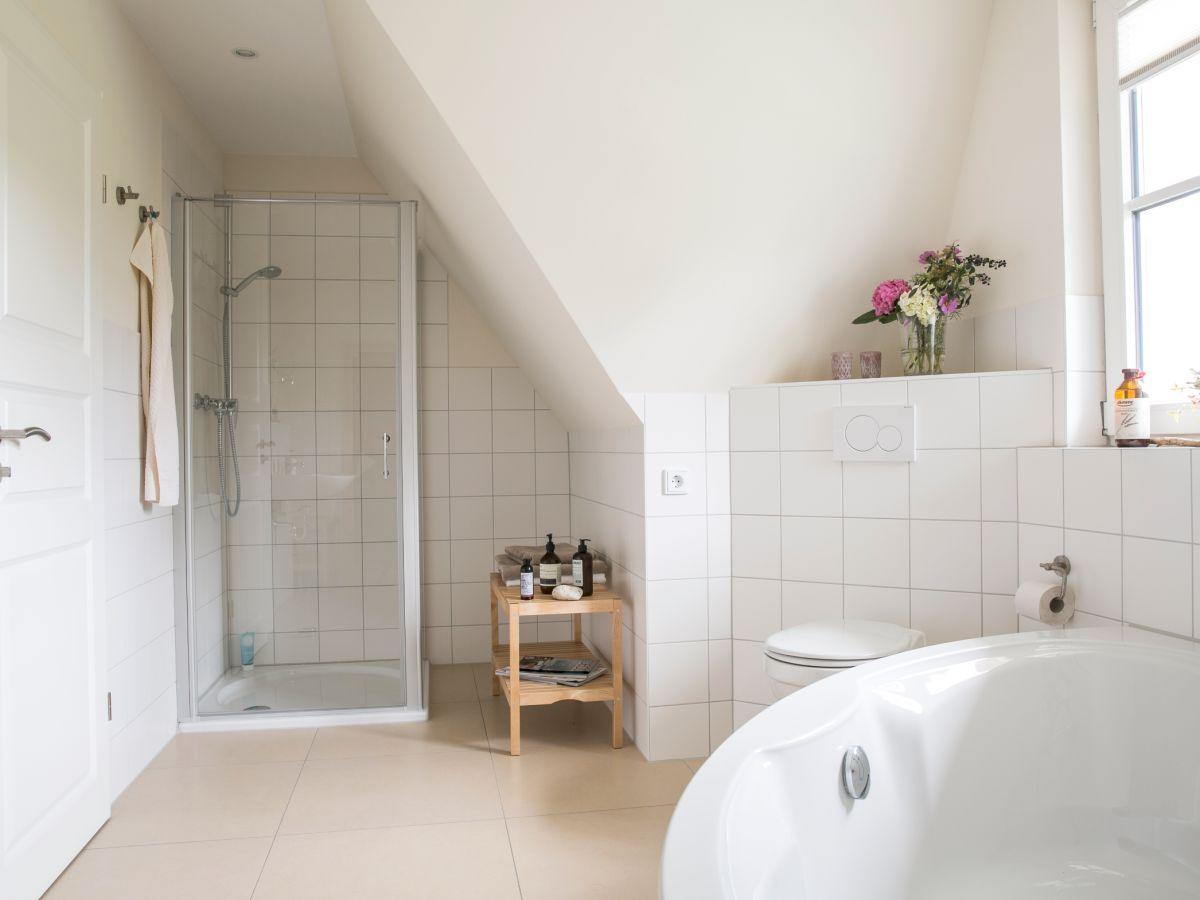 ferienhaus seeschwalbe 60 fischland dar zingst firma relamare gmbh frau cornelia steinhage. Black Bedroom Furniture Sets. Home Design Ideas