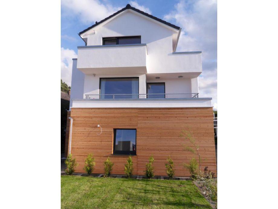 Außenansicht des Hauses mit modernem Design