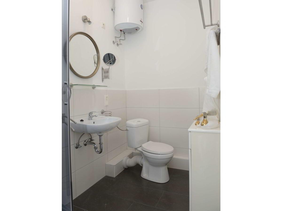 apartment nr 47 shabby chic hamburg bramfeld firma. Black Bedroom Furniture Sets. Home Design Ideas