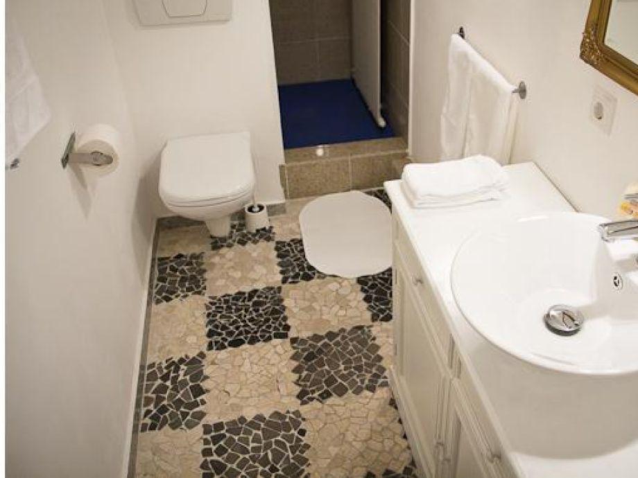 apartment nr 7 klein aber fein hamburg bramfeld firma bola best of living apartmenthaus. Black Bedroom Furniture Sets. Home Design Ideas