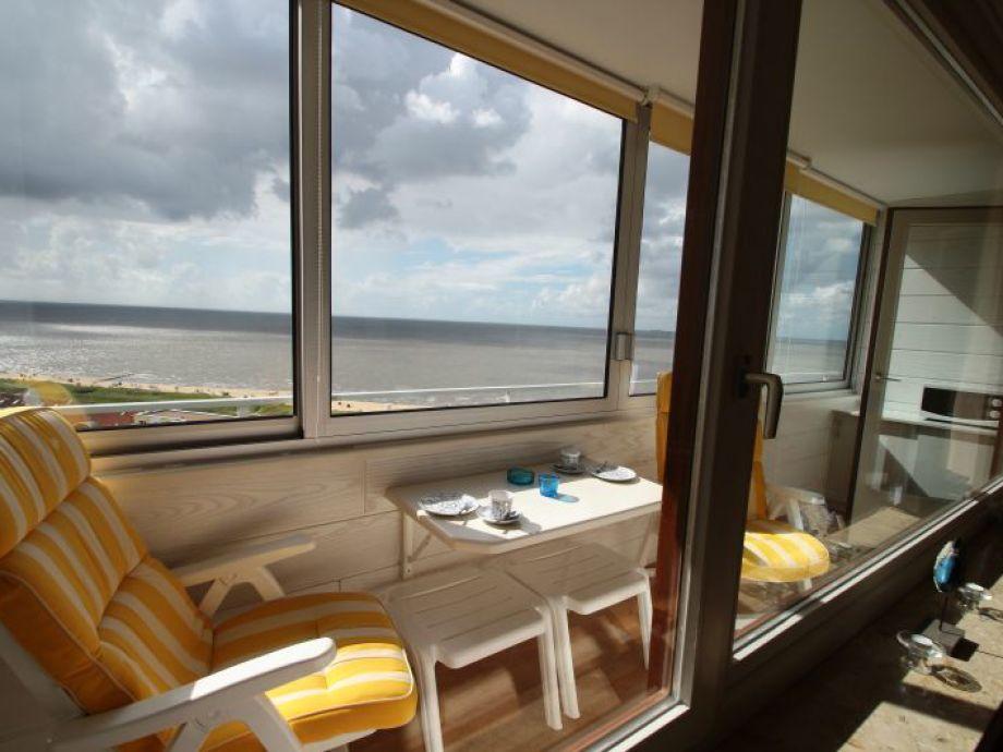 Balkon mit direkter Seesicht auf die Insel Neuwerk