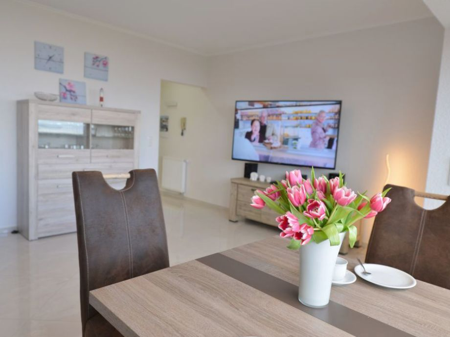 Wohnzimmer W-lan und 3 X TV inklusive