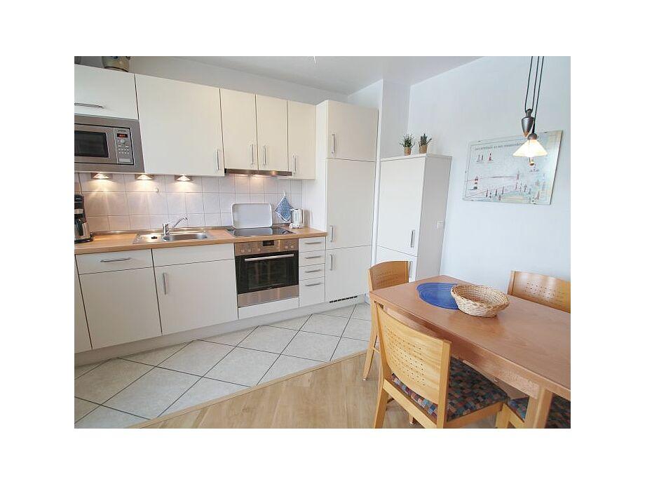 Wohnzimmer mit neuer Küchenzeile