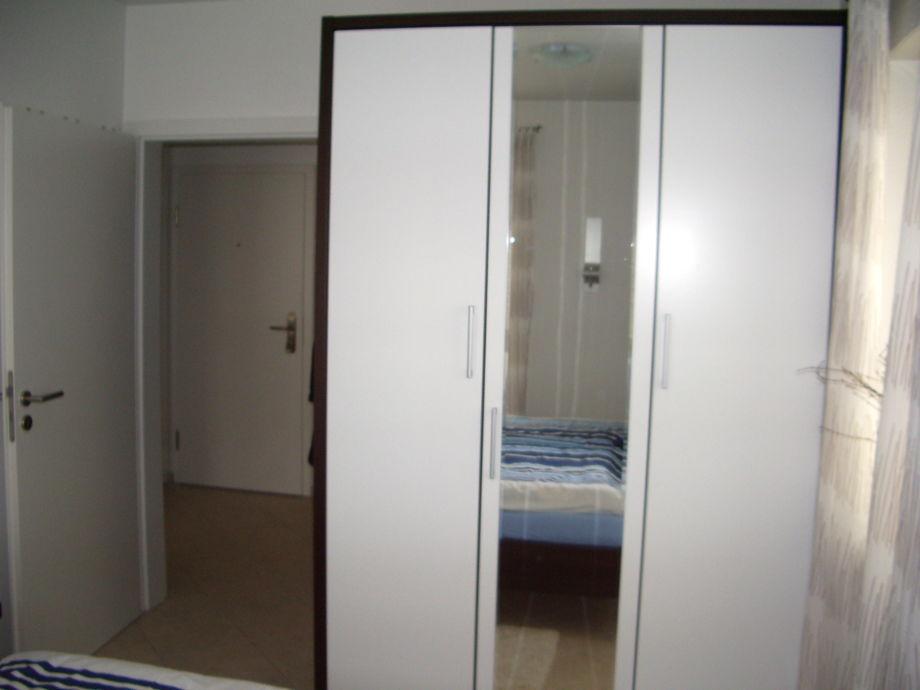 ferienwohnung haus strandburg wohnung 1 eg kurgebiet. Black Bedroom Furniture Sets. Home Design Ideas