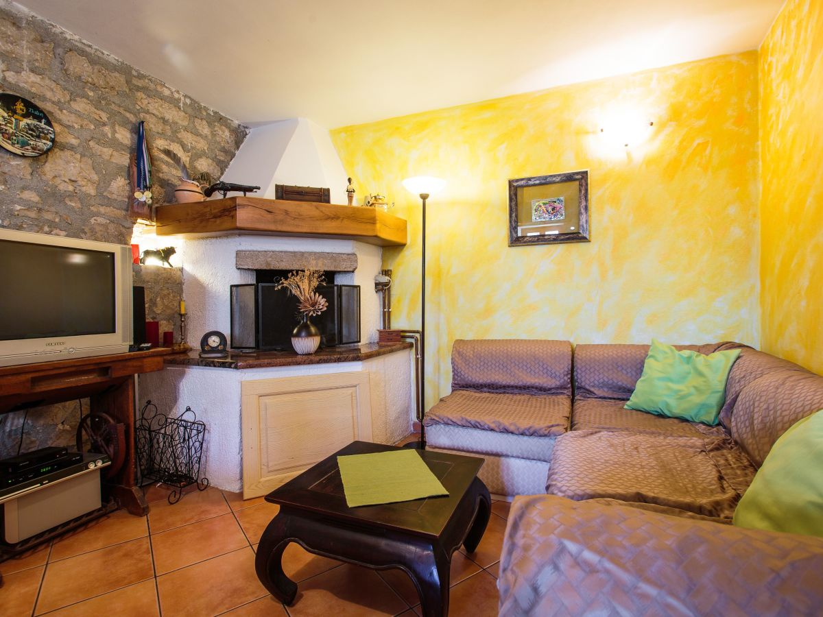 villa marasi istrien kroatien firma euro tours porec mr alen babic. Black Bedroom Furniture Sets. Home Design Ideas