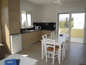 Apartment Petaloudes