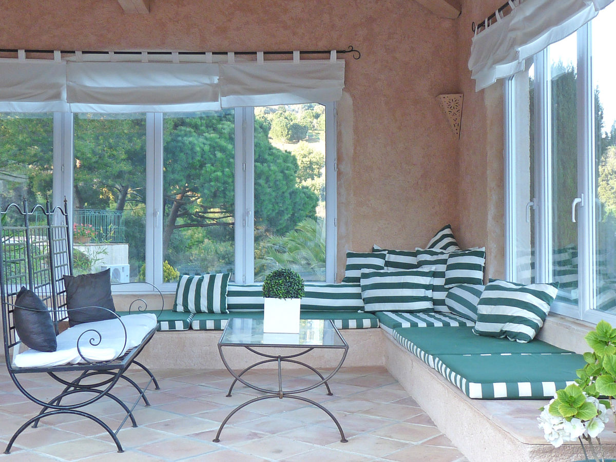 villa l 39 olivier golf von st tropez ste maxime firma. Black Bedroom Furniture Sets. Home Design Ideas