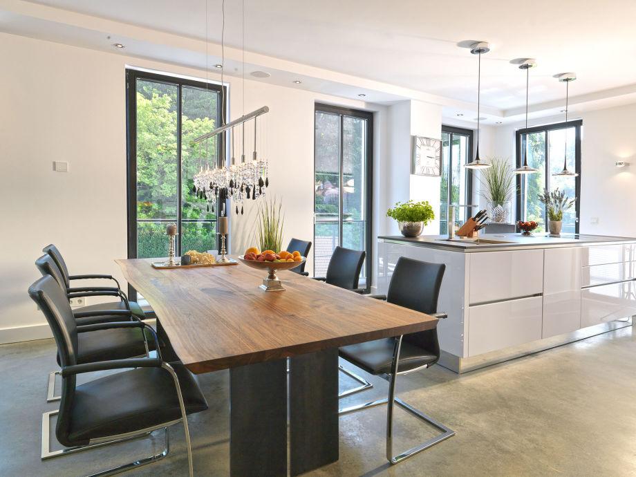 esstisch mit betonplatte metall esstisch archive m bel eins blog pracht esstisch mit. Black Bedroom Furniture Sets. Home Design Ideas