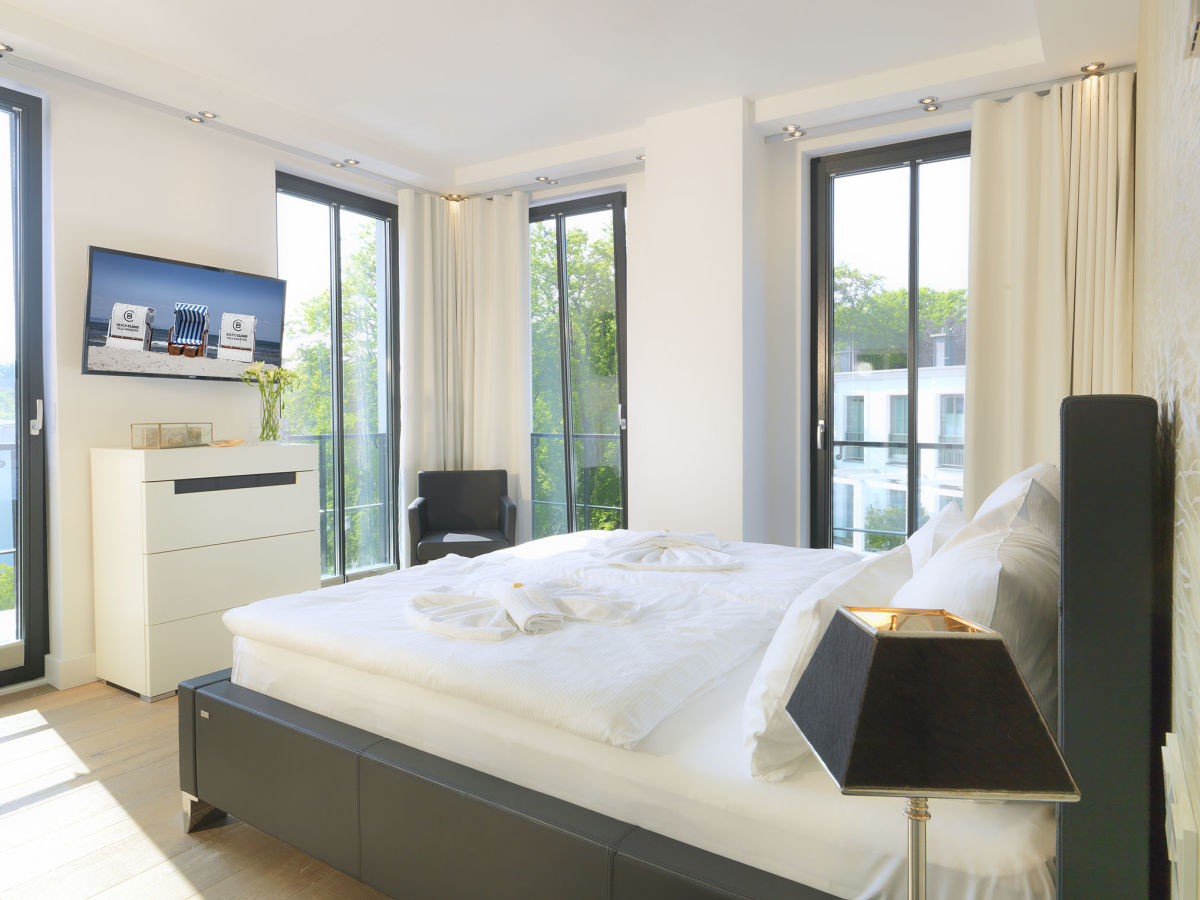 ferienwohnung paradise cloud in der villa augustine r gen familie thomas kroll. Black Bedroom Furniture Sets. Home Design Ideas
