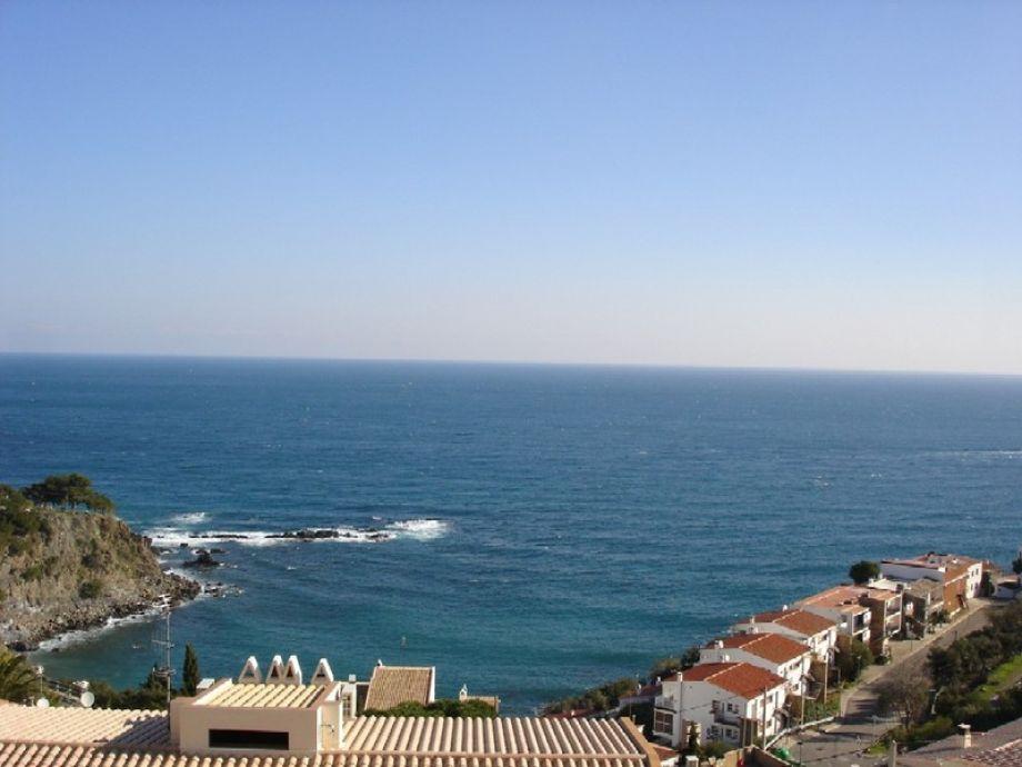 Blick von der Ferienwohnung auf das Meer