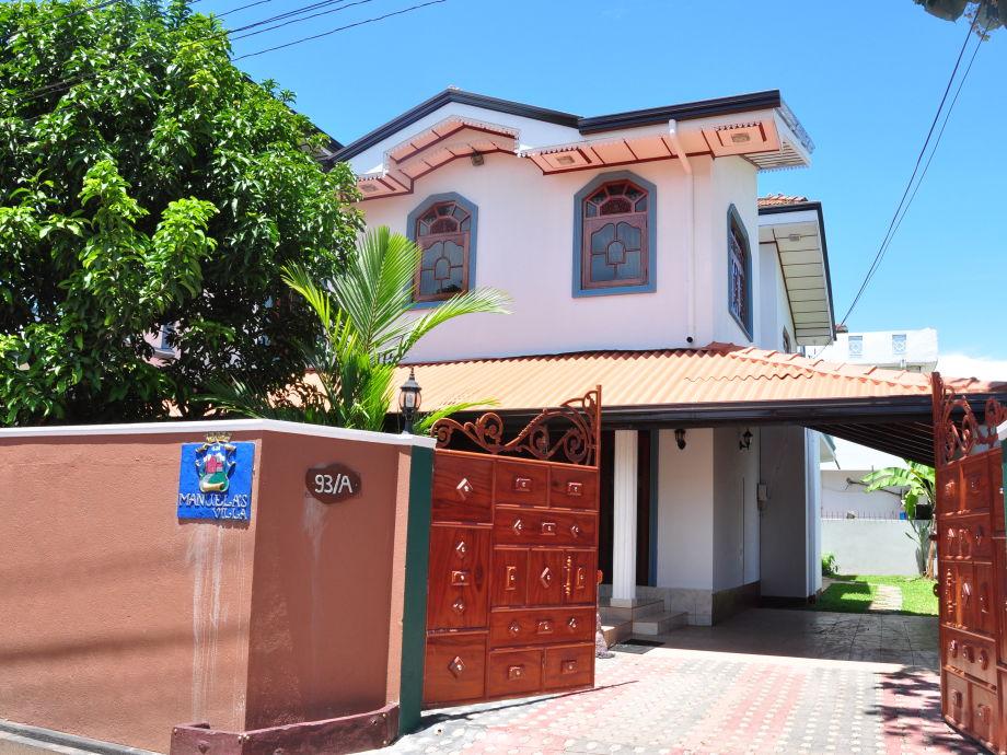 Manuela's Villa Aussenansicht