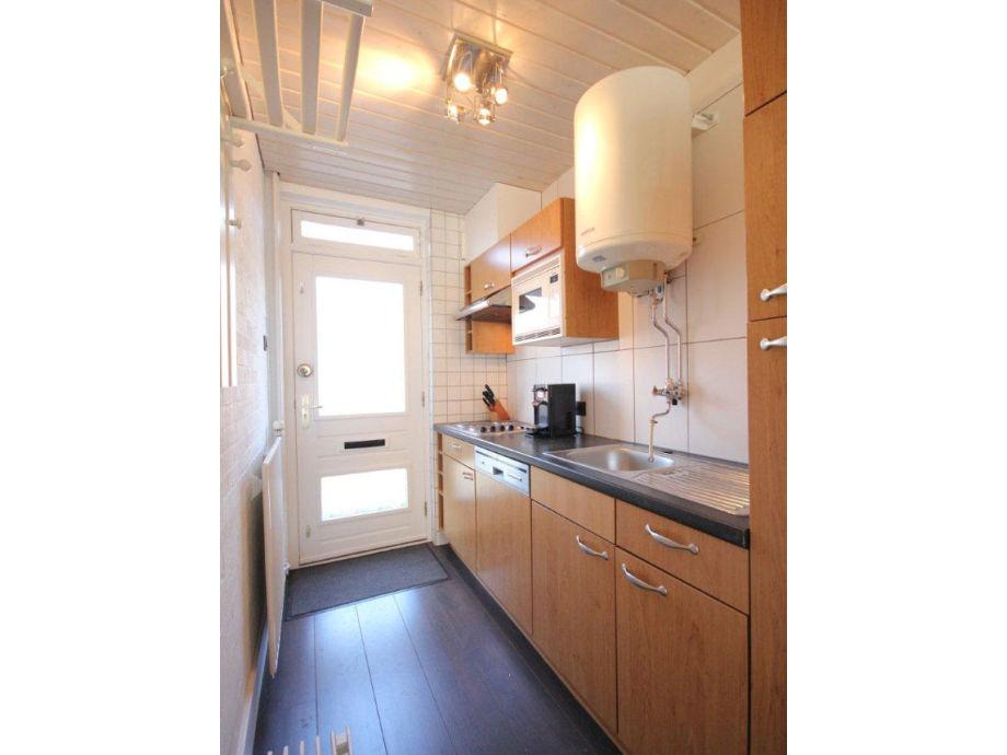 apartment de walvis walcheren vrouwenpolder firma. Black Bedroom Furniture Sets. Home Design Ideas