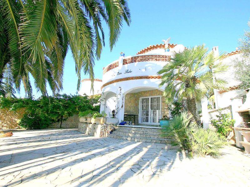 Villa Flamenco with pier - 10044