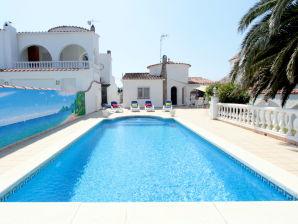 Villa Franco with pool - 10049