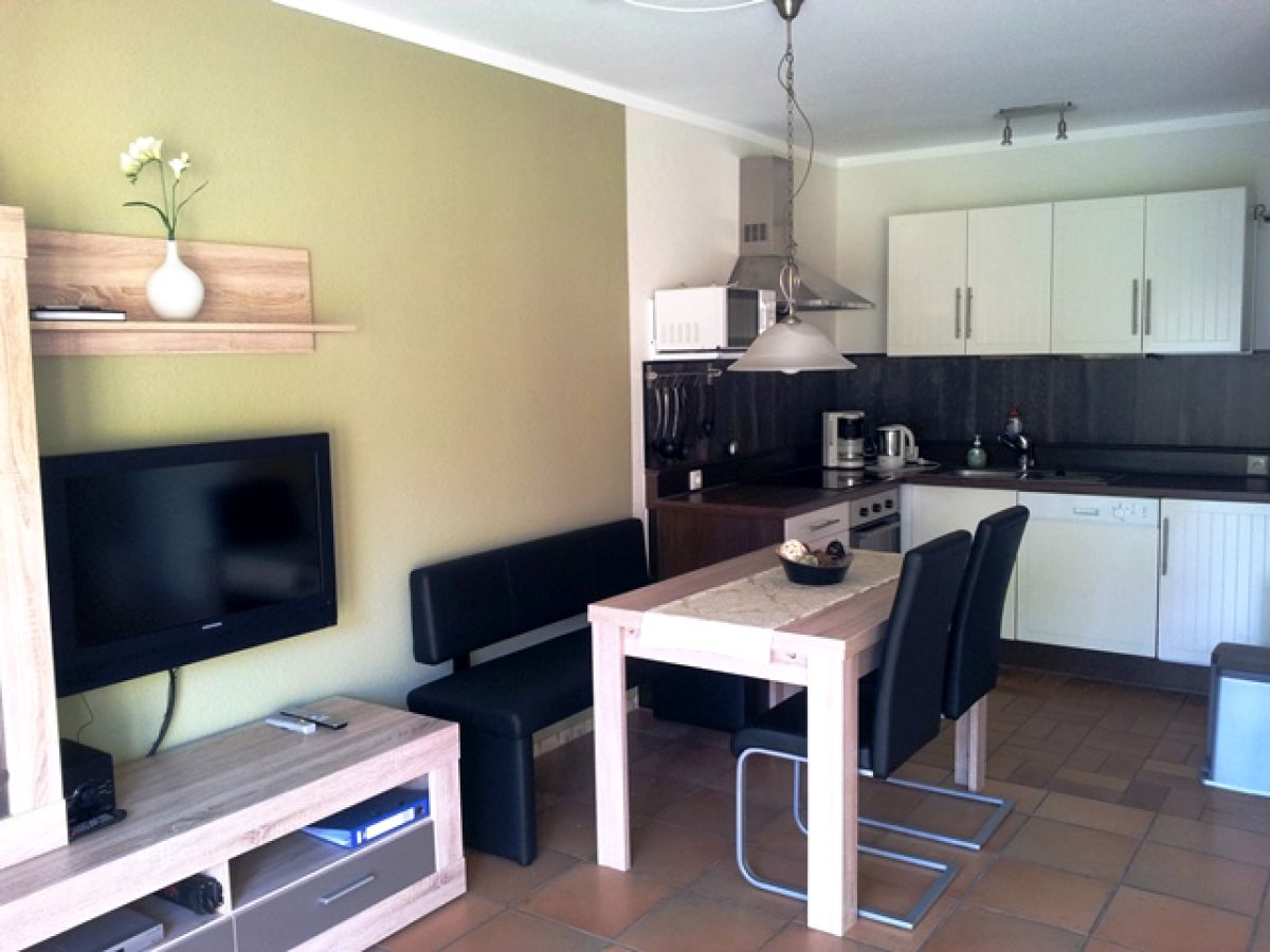 ferienhaus hooksmeer hooksiel firma friesland ferienh user frau isabell siwczak. Black Bedroom Furniture Sets. Home Design Ideas