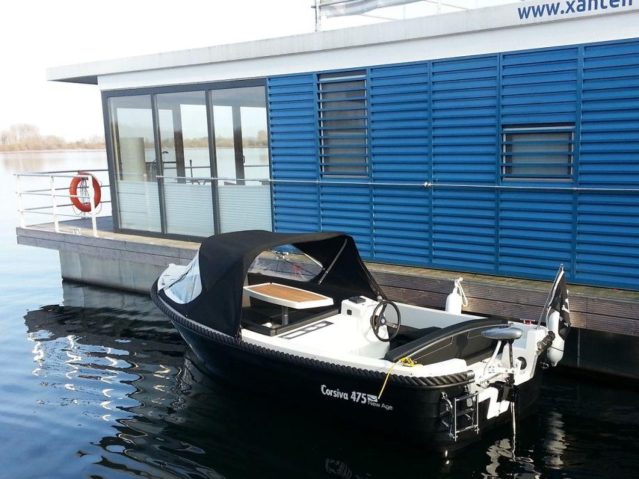 unser führerscheinfreies Elektroboot für unsere Gäste