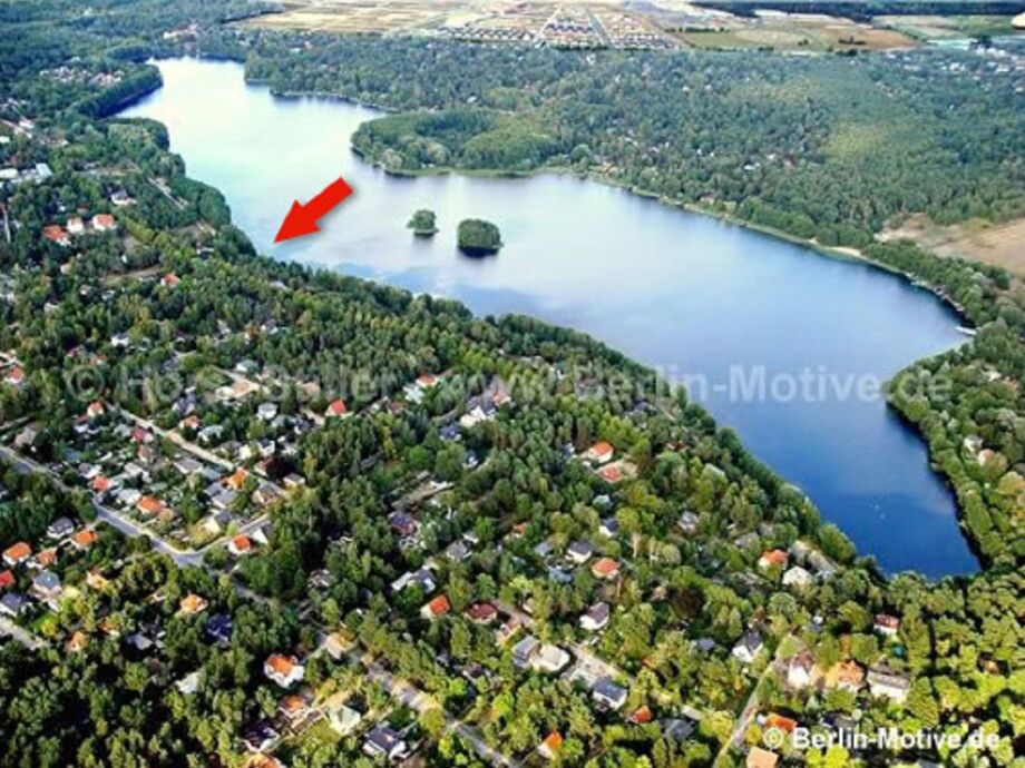 "Die ""Villa Lilia"" am Gross Glienicker See in Potsdam"