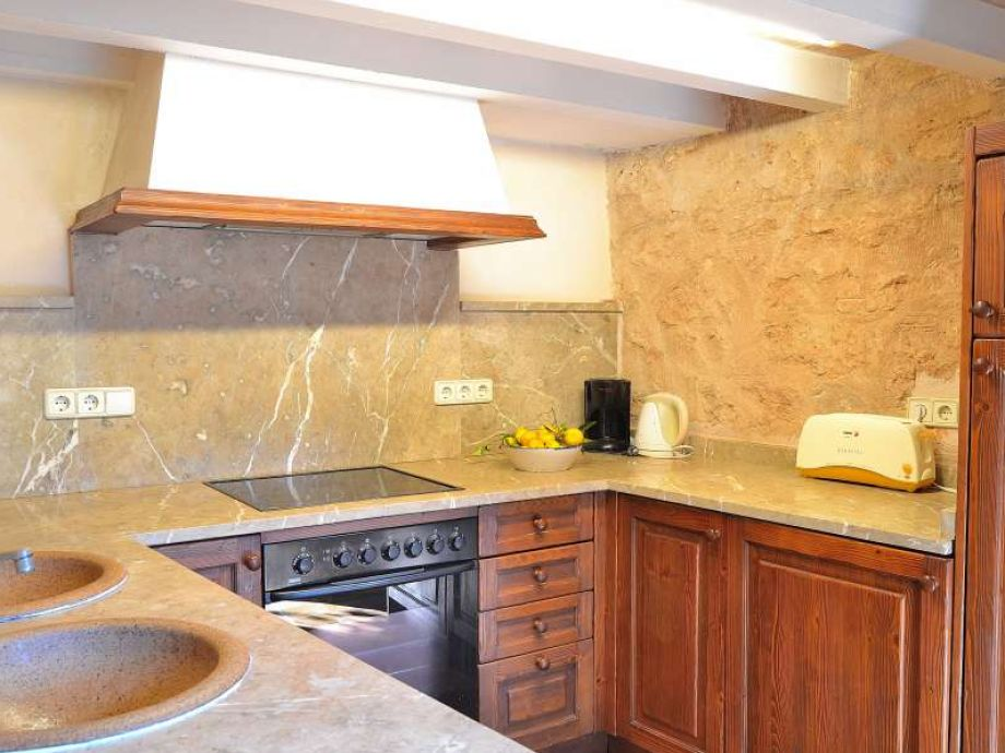 finca 138 alcudia alcudia firma mallorcacharme herr. Black Bedroom Furniture Sets. Home Design Ideas
