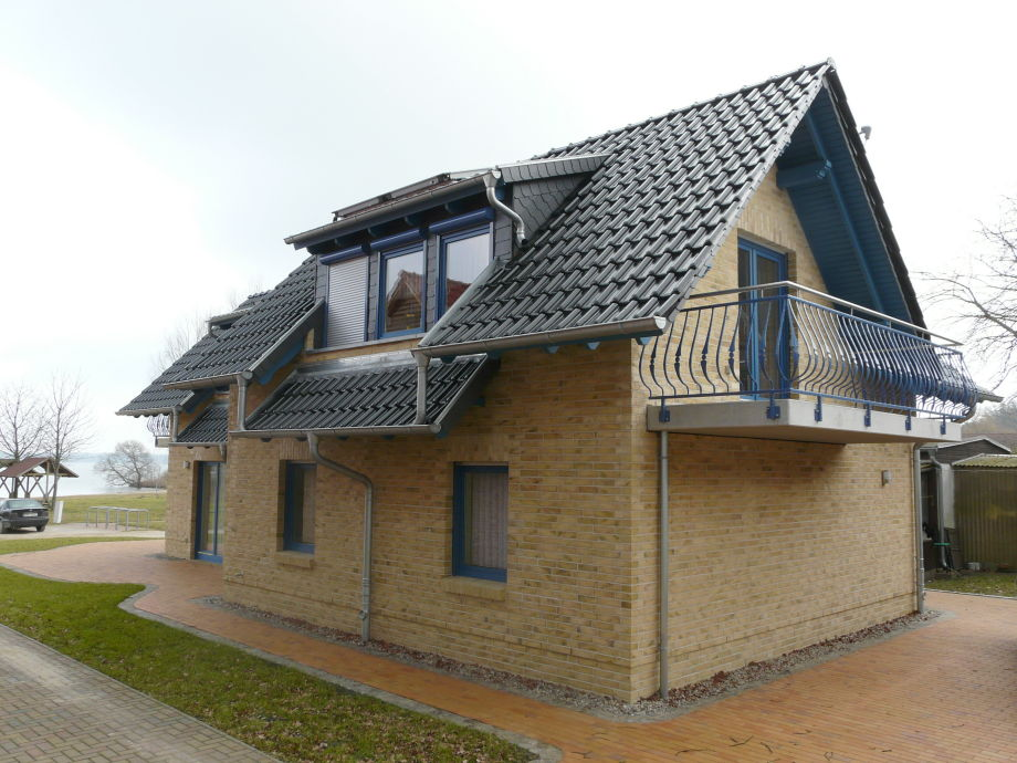 ferienhaus in goehren lebbin mecklenburgische seenplatte g hren lebbin firma. Black Bedroom Furniture Sets. Home Design Ideas
