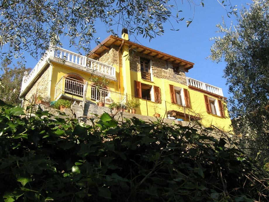 CASA GINESTRA - Ferienhaus mit umzäuntem Grundstück