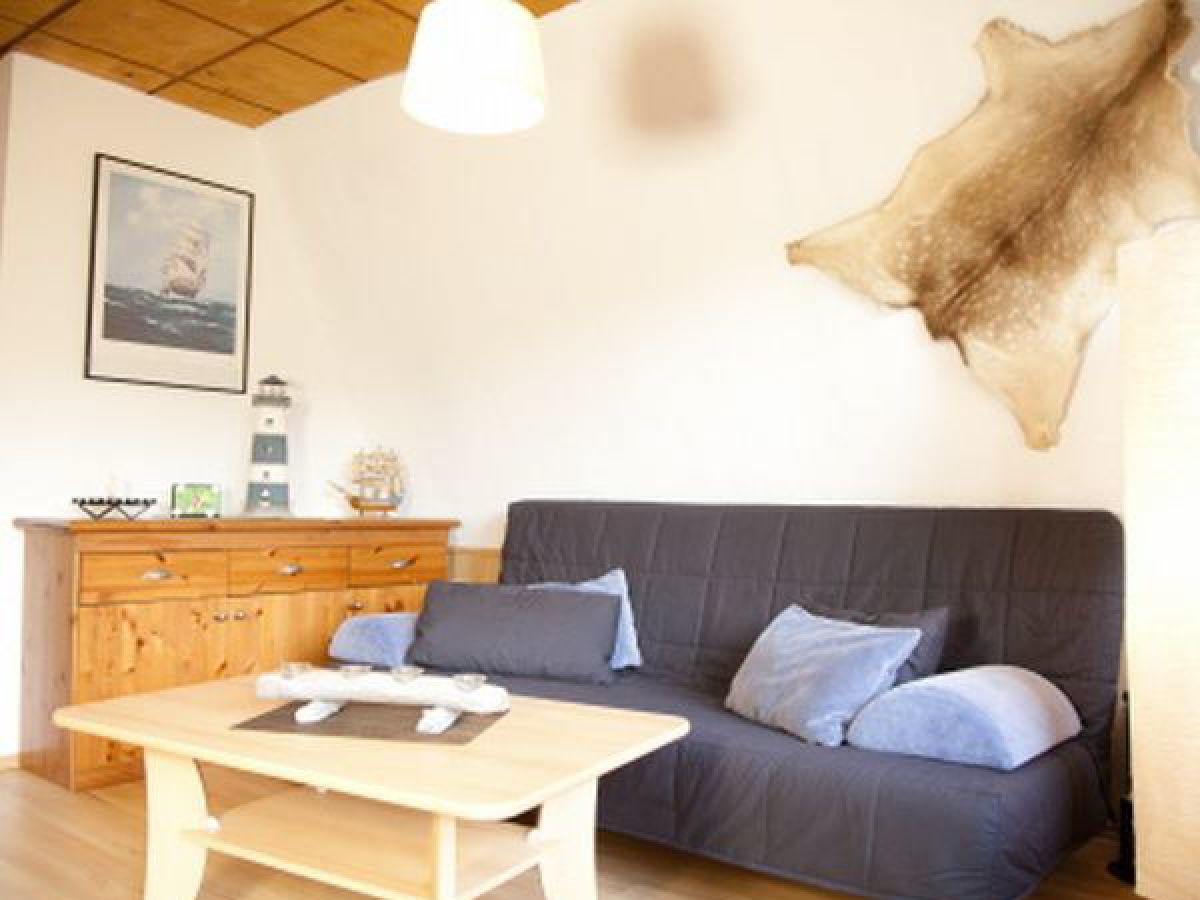 ferienhaus in perlin schweriner seenlandschaft firma ferienhausvermietung mecklenburg. Black Bedroom Furniture Sets. Home Design Ideas