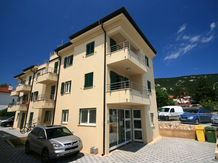 Apartment Davor in Baska