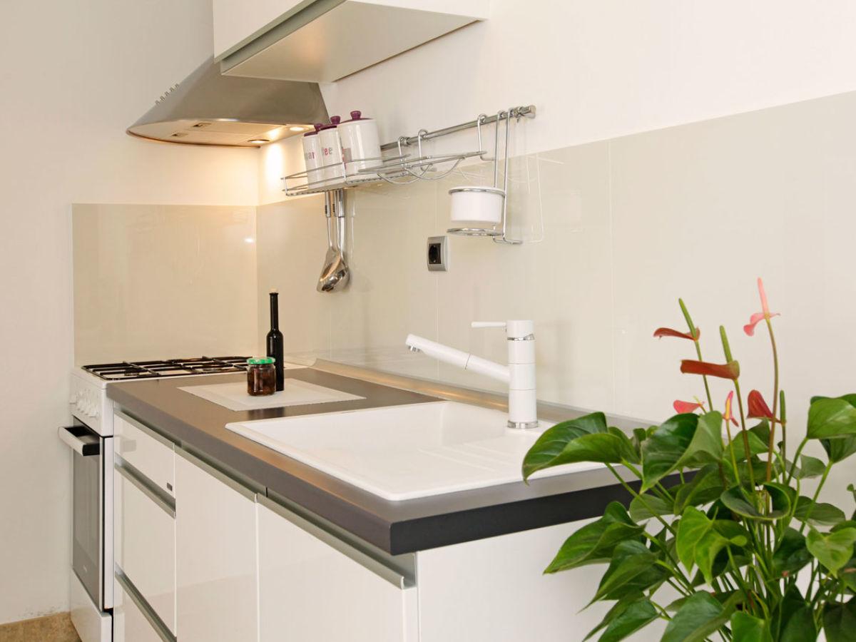 ferienhaus mediterano pic83 korcula island s ddalmatien firma mediterano tourist agency mr. Black Bedroom Furniture Sets. Home Design Ideas