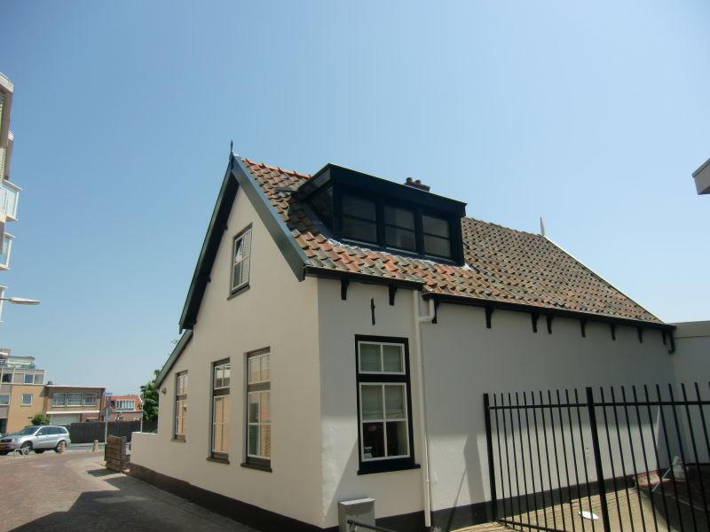 Ferienwohnung im Strandhaus 't Vissershuisje est. 1785