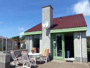Ferienhaus Albatros 245 im Ferienpark Strandslag