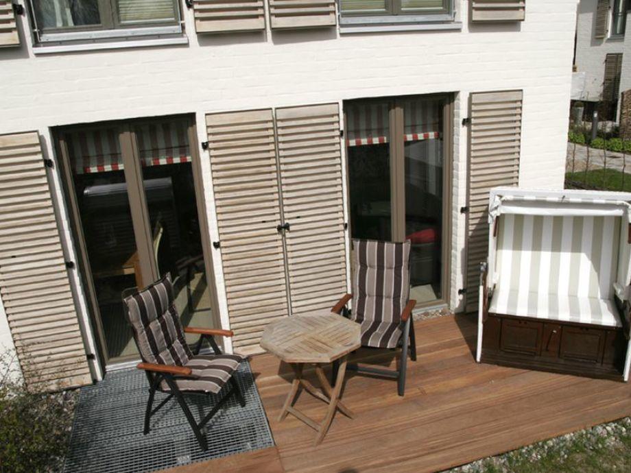 zwei Terrassen mit Sylter Strandkorb