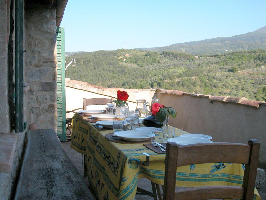 Das 2. Wohnzimmer: Terrasse mit weitem Blick