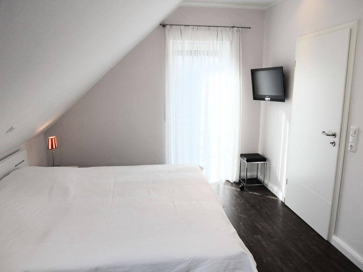 ferienhaus rieke jadebusen firma k sten immobilien. Black Bedroom Furniture Sets. Home Design Ideas