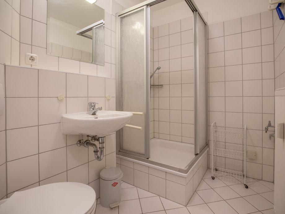 ferienwohnung 7 im wohnpark granitz r gen binz firma ais appartement und immobilienservice. Black Bedroom Furniture Sets. Home Design Ideas
