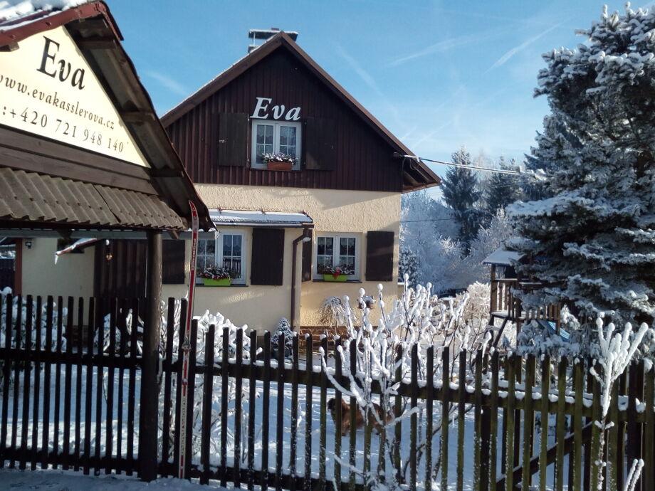 Eingang  zum Hutte Eva + Garazeplatz
