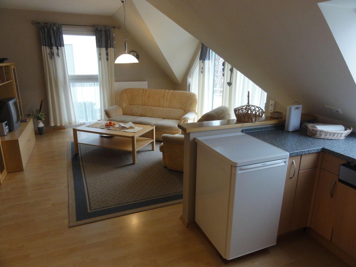 ferienwohnung 12 im asternweg ostsee zinnowitz firma artec gmbh co appartement kg herr. Black Bedroom Furniture Sets. Home Design Ideas