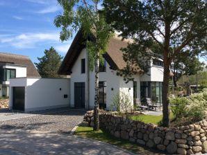 Ferienhaus Seeperle Karlshagen mit Whirpool