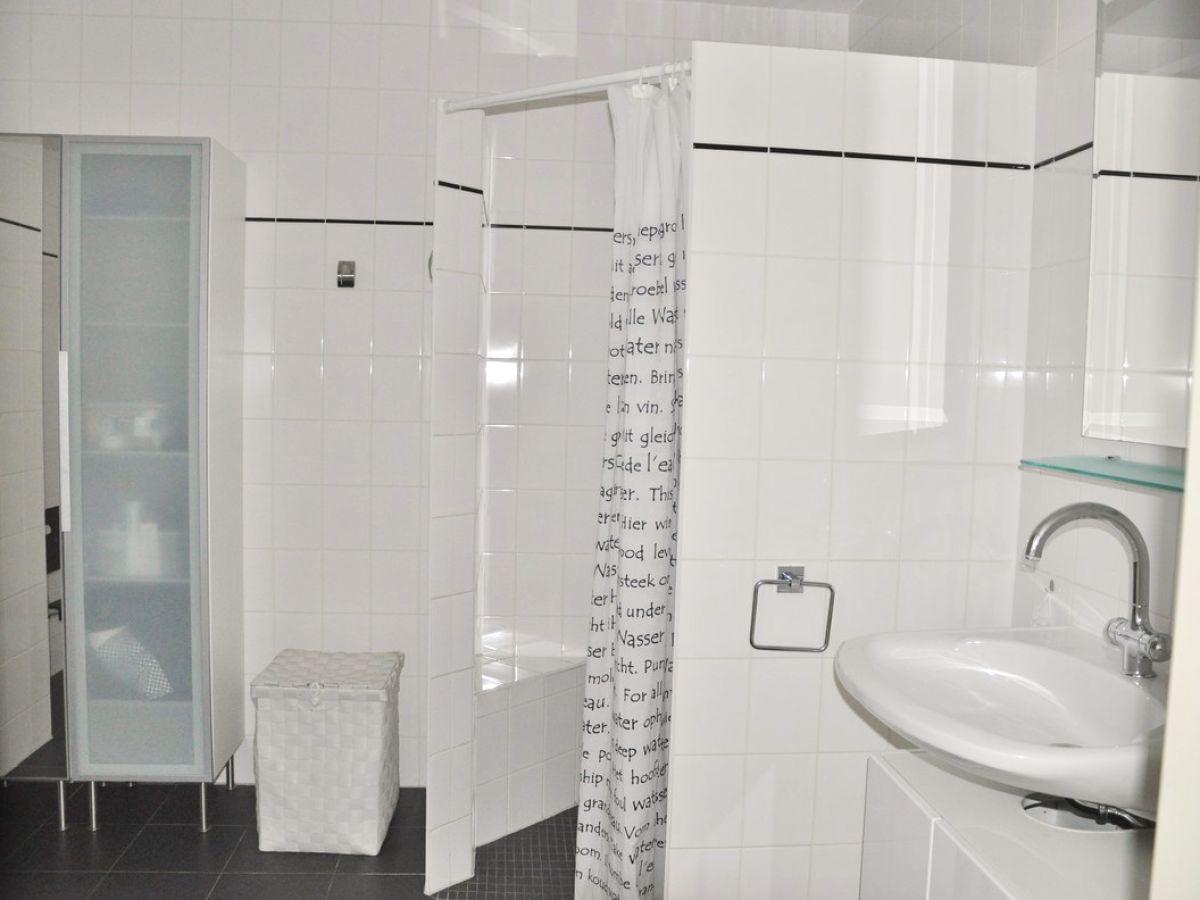 Ferienwohnung duinerei c103 nord holland callantsoog for Geflieste badezimmer