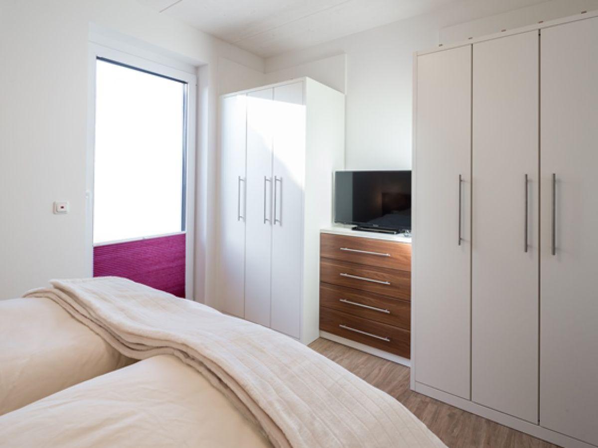 ferienwohnung haus rike wohnung 1 norderney firma vermiet und hausmeisterservice trost. Black Bedroom Furniture Sets. Home Design Ideas