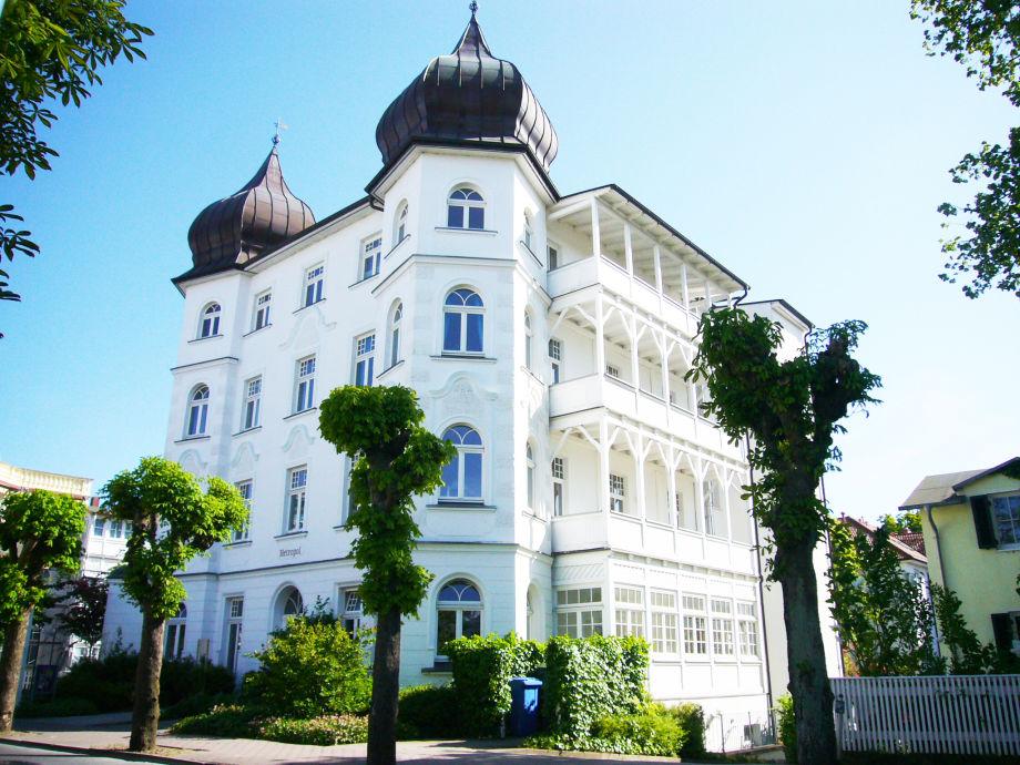 Villa Metropol - Ihr großer Balkon liegt im 1.OG.