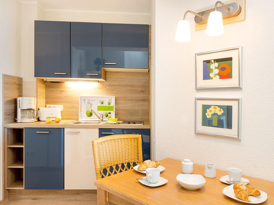 ferienwohnung wellenspiel in der villa freia ostseebad. Black Bedroom Furniture Sets. Home Design Ideas