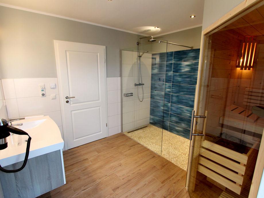 ferienhaus luxushaus limerick traumblick fleesensee meckenburgische seenplatte firma gsa. Black Bedroom Furniture Sets. Home Design Ideas