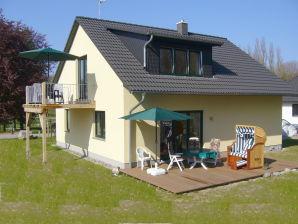 """Ferienwohnung Haus """"Am Pappelwald"""""""